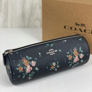 ❤️Coach Makeup Brush Pouch Holder Bag Pose Print